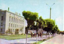 Белгород-Днестровский, ул. Ленина. Фото в книге «Белгород-Днестровский». 1977 г.