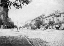 Вид Преображенской ул. от Садовой в сторону Елизаветинской, начало ХХ века
