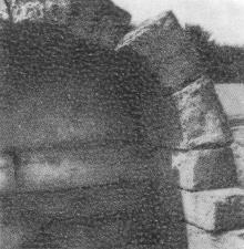 Скифская могила. Фото Р.И. Якименко в буклете «Приглашаем в Белгород-Днестровский», 1974 г.