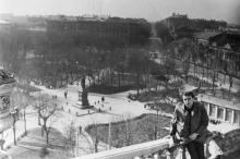 Вид на площадь Советской Армии с крыши дома Либмана. 1965 г.