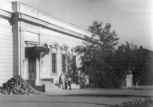 Здание, где в начале 1918 г. размещался губком КП(б)У, фотография 1918 г.