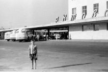 Автовокзал, фотограф В.Г. Алексеев, 1965 г.