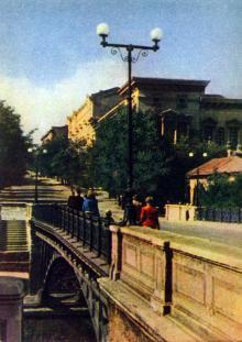 Одесса. Улица Розы Люксембург. Фото А. Кричевского на открытке из комплекта «Одесса», 1959 г.