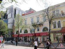Дерибасовская. Фото Анатолия Дроздовского, апрель, 2004 г.