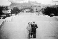 На бульварной лестнице, 1942 г.