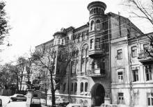 Одесса. Дом № 8 по ул. Горького. 1980-е гг.