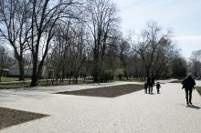 Преображенский сквер. Фото В. Тенякова. 4 апреля 2017 г.
