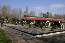 Мемориал 411 батареи. Фото О. Владимирского. 10 апреля 2007 г.