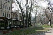 В Пале-Рояле. Фото В. Тенякова. 06 апреля 2017 г.