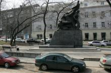 Памятник Потемкинцам. Фото В. Тенякова. 6 апреля 2017 г.