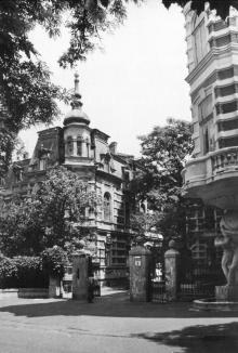Одесса. Дом № 5 по улице Гоголя. 1980 г.