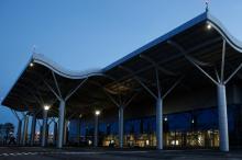 Новый терминал Одесского аэропорта. Фото Е. Волокина. 28 апреля 2017 г.