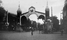 Триумфальная арка в честь приезда Николая Второго в Одессу, улица Дерибасовская, 1914 г.