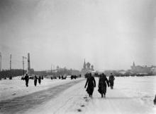 Одесса. Площадь «Освобождения». Слева виден памятник жертвам революции. 1942–1943 гг.