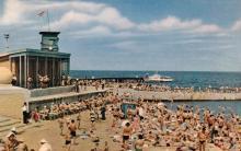 Пляж «Комсомольский». Фото в книге-фотогармошке «Одесса». 1960-е гг.