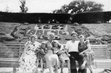 В парке им. Шевченко. Одесса. 1957 г.
