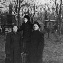 На площади Советской Армии, 1950-е гг.