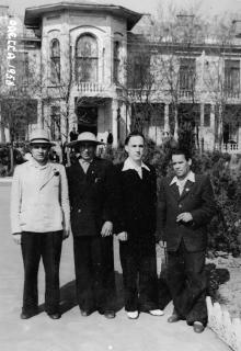 Возле санатория им. Ленина на Куяльнике. Одесса. 1958 г.