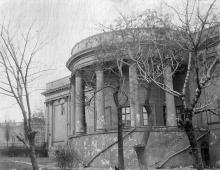 Старая Биржа, фотография 1920-х годов