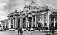 Одесса. Железнодорожный вокзал. Фото И. Павленко из набора «Одесса». 1963 г.