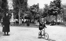 Одесса. Проспект им. Сталина (на заднем плане ул. Жуковского). Начало 1950-х гг.