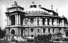 Одесса. Театр оперы и балета. Фото В. Шишина. Открытка из набора «Одесса», 1961 г.