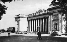 Одесса. Исторический памятник архитектуры. Фото Вайсмана. Открытка из набора «Одесса», 1961 г.