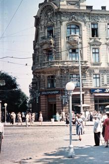 Советской Армии (Преображенская) угол Дерибасовской, Пассаж, 1957 г.
