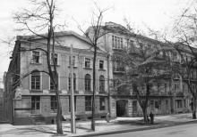 Одесса. Дом № 64 по ул. Островидова (дом Б. Бургафта). 1980-е гг.