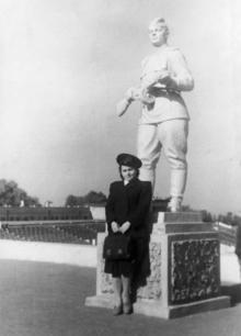 Стадион «Пищевик», фотограф Ю. Глоба, 1951 г.