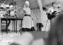 Группа «Браво» и Жанна Агузарова на сцене Летнего театра филармонии. Одесса. 1988 г.