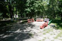 На территории санатория «Хаджибей». Фото Е. Волокина. 28 мая 2017 г.