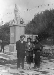 Памятник Ленину в парке им. Ильича. 1950-е гг.
