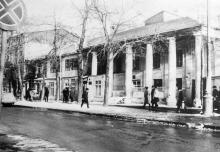 Одесса. Дом № 35 по ул. Ф. Меринга со стороны ул. Красной гвардии. 1970-е гг.