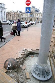 Столб, установленный на месте «Тени Пушкина». Фото В. Тенякова. 11 января 2018 г.