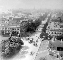 Улица Преображенская, вид с колокольни Успенского собора, фотограф Ю.Ю. Коншин, 1890-е годы