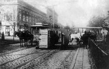 Авария конки на Тираспольской площади, вид на ул. Нежинскую, начало 1900-х годов