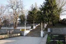 Лестница санатория МЧС. Фото Евгения Волокина, апрель, 2018 г.