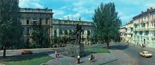 Памятник «Восстание на броненосце «Потемкин». Фото Б. Минделя на панорамной открытке из комплекта «Одесса». 1978 г.