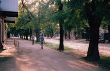 Колонтаевская, от Южной до Мастерской. Фото А.В. Валейно. 05 августа 2005 г.