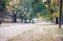 Южная ул., вид с ул. Колонтаевской. Фото А.В. Валейно. 28 октября 2005 г.