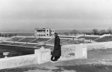 Ресторан и стадион в парке Шевченко. Одесса. 1942 г.