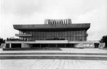Здание театра музыкальной комедии