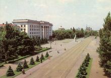 Одесса. Площадь Октябрьской революции. Фото В. Киселева на открытке из набора «Город-герой Одесса». 1983 г.