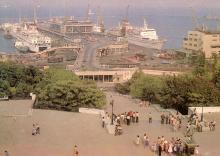 Одесса. Морской вокзал. Фото Г. Буланова на открытке из набора «Город-герой Одесса». 1983 г.