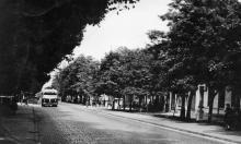 Одесса. Ул. Толстого, вдали перекресток с ул. Островидова. 1960-е гг.