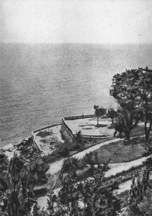 Одеса. Курорт Аркадія. Вид на море. Фото на поштовій листівці з комплекту «Одеса». 1955 р.