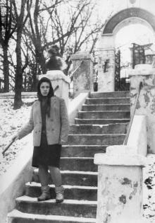 Одесса. Лестница от ул. Амундсена в контору рыбколхоза им. Шмидта. Коней 1960-х гг.