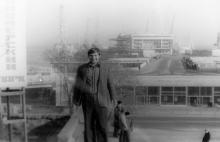 Вид на морвокзал с Потемкинской лестницы, фотограф Кенно Туоминен, 1976 г.