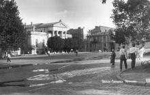 Одесса. Площадь Коммуны и археологический музей. Начало 1930-х гг.